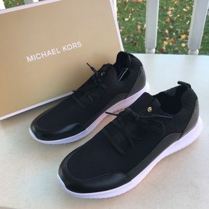 Michael Kors Merlyn Trainer Sneakers Women Sz 9